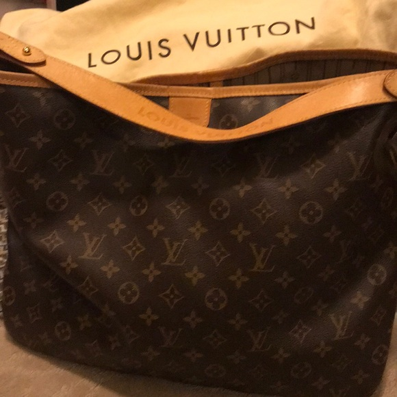 98cc9692dd44 Louis Vuitton Handbags - Retired Louis Vuitton Delightful MM